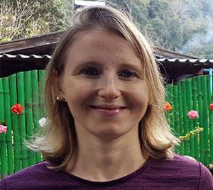 Elke Lechner - Gründerin von nacktyoga.net
