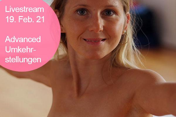 Nackt Yoga Livestream - Umkehrstellungen